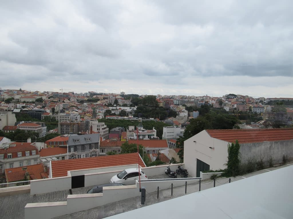 Lisbon Rooftop Bar & Restaurant: Lost In Esplanada